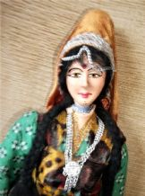 "VINTAGE UNUSUAL COSTUME DOLL INDIAN LADY JOINT HEAD ARMS 15"" HANDPAINTED"